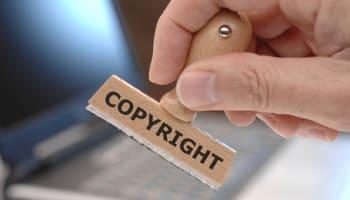 copyright-stamp-at-laptop-computer-o