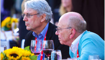 les-hinton-and-rupert-murdoch-at-dinner-during-d8-o