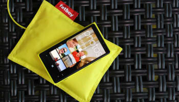 lumia-920-wireless-charging-640×427
