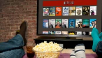 netflix-on-tv-in-living-room-o