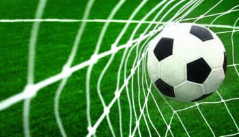 soccer-football-ball-in-goal-net-o-640×427