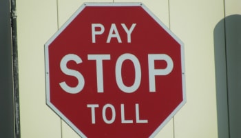 stop-pay-toll-sign-o-640×480