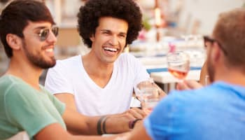 146210_20150415145824-friends-un-male-meal-group-drink-talking-summer-restaurant-laughing-happy-men-guys-1
