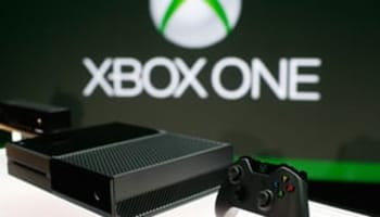 The-Xbox-One-unveiled-at-008
