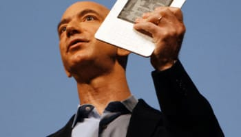 Amazon CEO Jeff Bezos announces Kindle 2 electronic reader at news conference in New York
