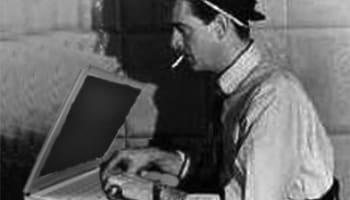 journalist-bw-laptop-o