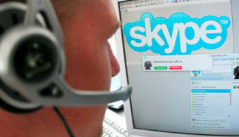 skype-user-with-headset-o