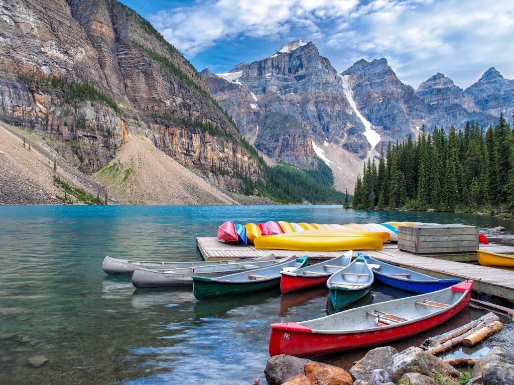 O nádherná jezera není v Kanadě nouze.