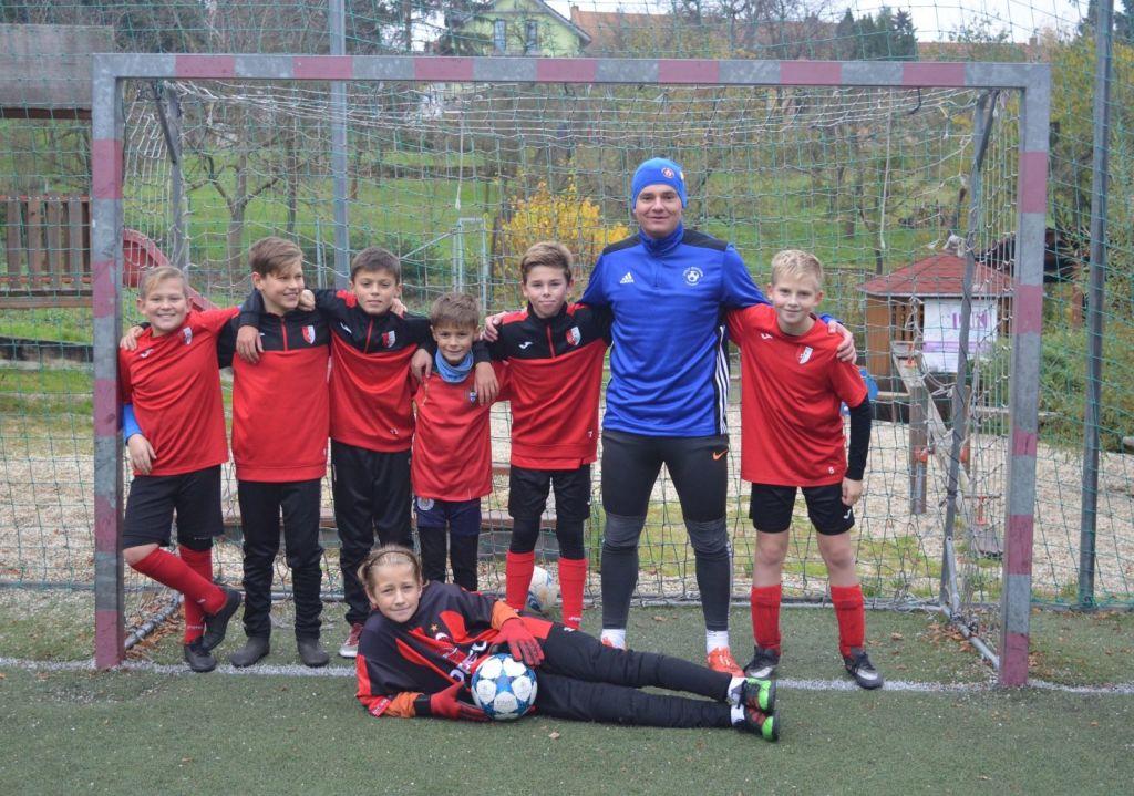 Trenér mladých fotbalistů