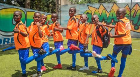 Učím děti mít rád fotbal, říká trenér Filip Ouroda