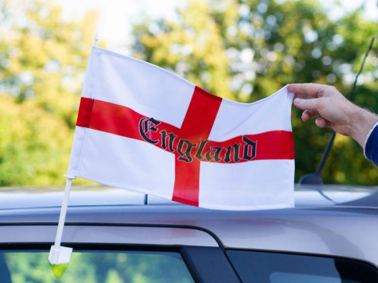 Anglijos futbolo automobilinė vėliavėlė
