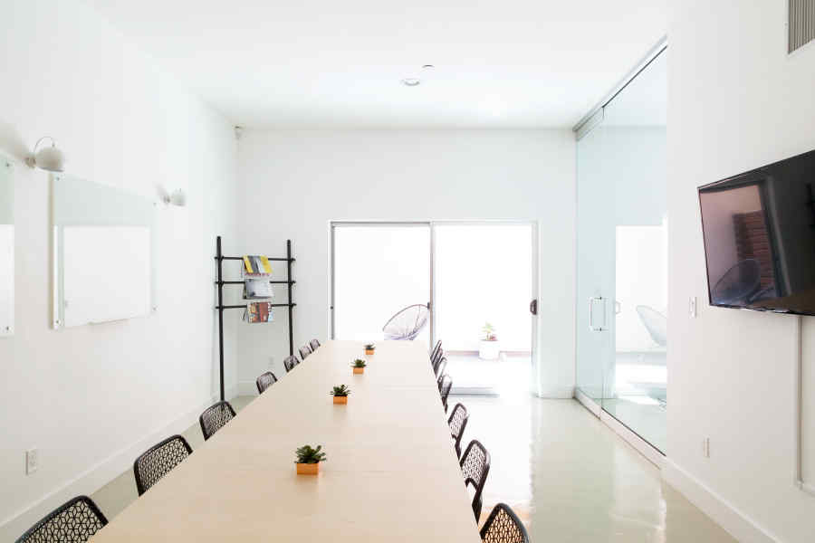 Creative Meeting Rooms for Rent in Los Angeles | Breather