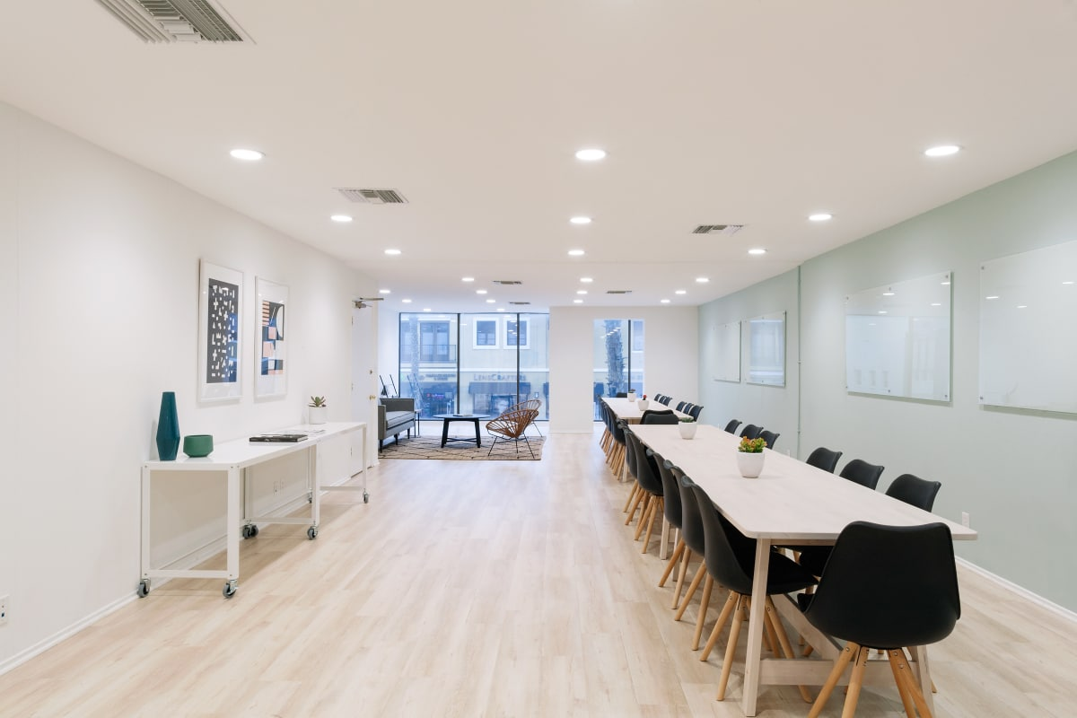 collaborative office collaborative spaces 320. Collaborative Office Spaces 320 %