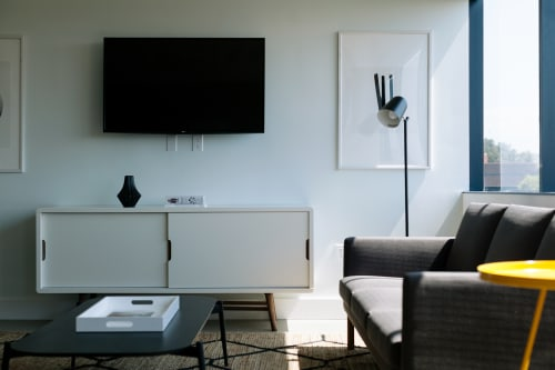 200 Corporate Pointe, 4th Floor, Suite 490, Room B #5