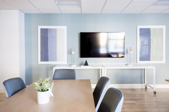 Workspace fully furnished and equipped located at 11 Beacon Street, #605, Boston.