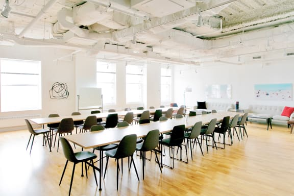 Workspace fully furnished and equipped located at 122 S. Michigan, #1405, Chicago.