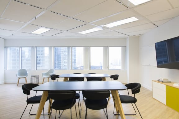 Workspace fully furnished and equipped located at 123 Front St. West, #906, Toronto.