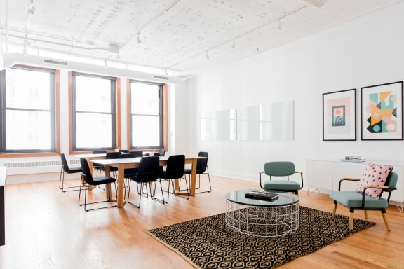 Workspace fully furnished and equipped located at 125 S. Clark, #675-3, Chicago.