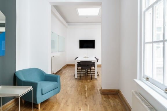Office space fully furnished and equipped located at 15a Hanover Street, Mayfair, #2, Mayfair.