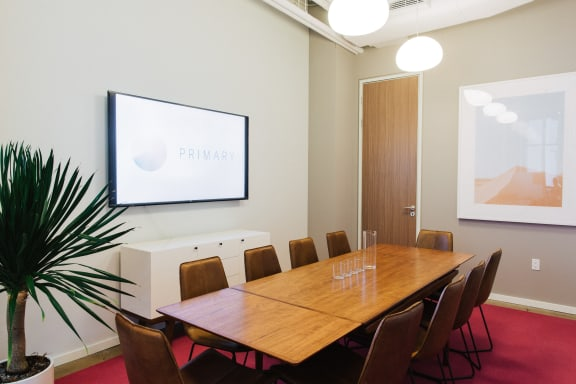 Workspace fully furnished and equipped located at 26 Broadway, #Cactus, New York City.