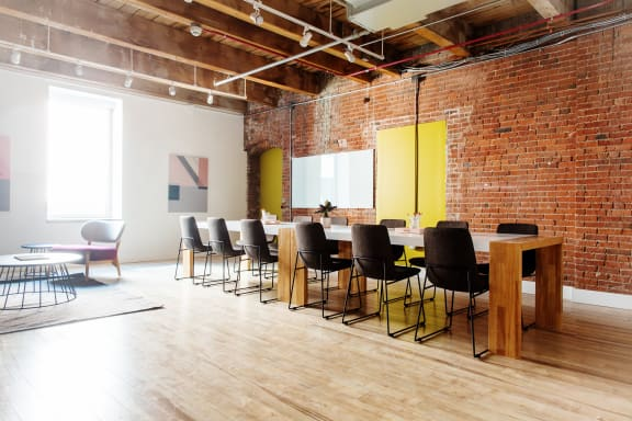 Workspace fully furnished and equipped located at 313 Congress Street, #1, Boston.