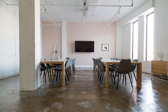 Workspace fully furnished and equipped located at 329 Rue de la Commune O., #201, Montreal.