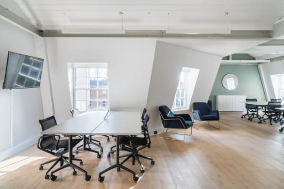 Office space fully furnished and equipped located at 38 Rosebery Avenue, Clerkenwell, #3, Clerkenwell.
