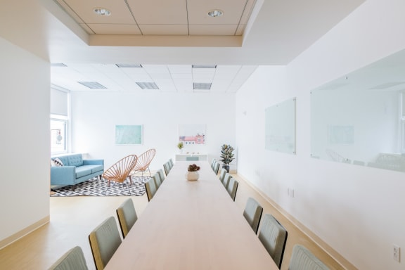 Workspace fully furnished and equipped located at 465 California St., #310, SF Bay Area.
