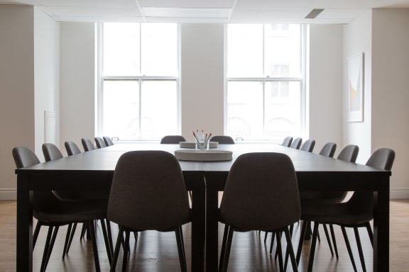 Workspace fully furnished and equipped located at 507 Place d'Armes, #270, Montreal.