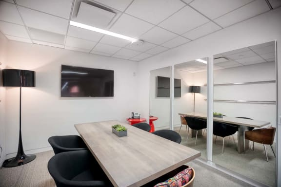 Office space fully furnished and equipped located at 530 7th Avenue, #The Mezz, New York City.