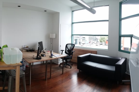 Office space fully furnished and equipped located at 739 Bryant Street, #202, San Francisco.