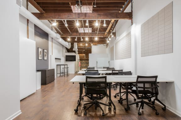 Workspace fully furnished and equipped located at 750 N. Franklin, Door C, #204, Chicago.