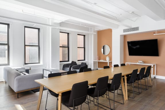 Office space fully furnished and equipped located at 915 Broadway, #803-3, Flatiron/Union Square.