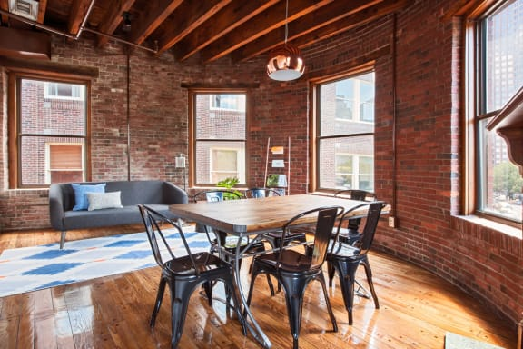 Office space fully furnished and equipped located at 55 Union Street, Downtown.