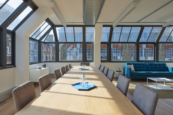 Workspace fully furnished and equipped located at 100 Clifton Street, Shoreditch, #2, London.