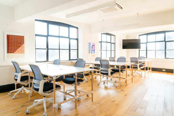 Workspace fully furnished and equipped located at 1 Dufferin Street, Shoreditch, #1, London.