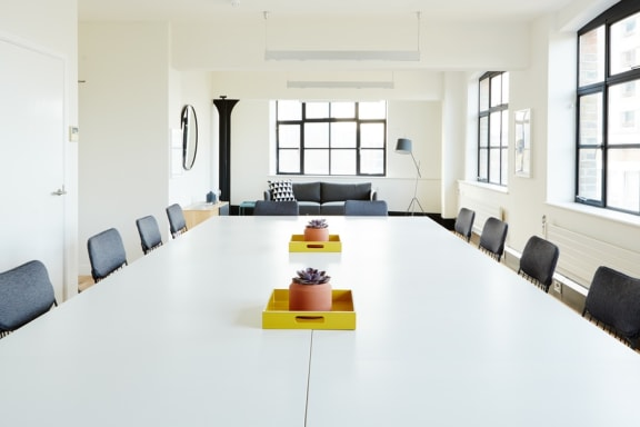 Workspace fully furnished and equipped located at 1 Dufferin Street, Shoreditch, #3, London.