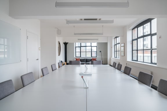 Workspace fully furnished and equipped located at 1 Dufferin Street, Shoreditch, #2, London.