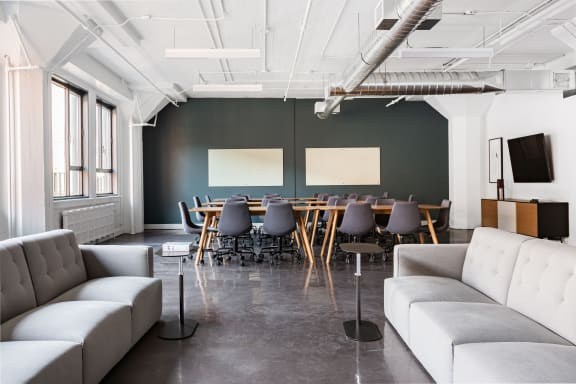 Workspace fully furnished and equipped located at 3575 Boulevard St-Laurent, #217, Montreal.