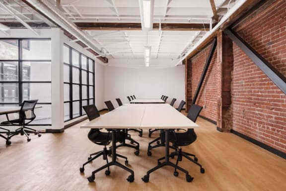 Office space fully furnished and equipped located at 565 Commercial St., SF Bay Area.