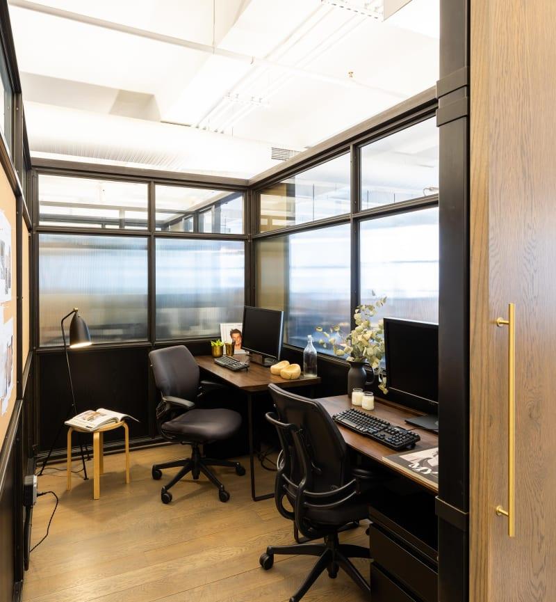 135 Madison Avenue, 8th Floor, Room Office #11 (2 people)