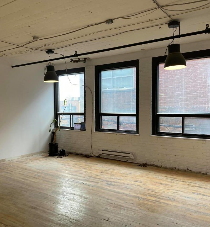 4529 Rue Clark, 2nd Floor, Suite 210