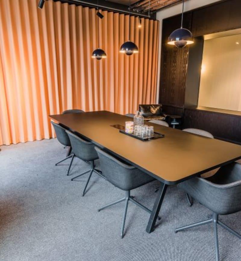 92 Albert Embankment, Room MR 11
