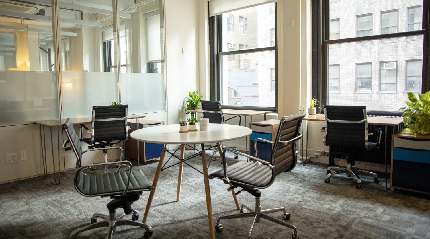 26 Broadway, 8th Floor, Room  6 Person Office