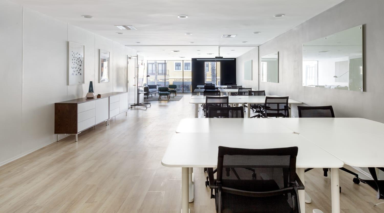 320 Wilshire Blvd., 2nd Floor, Suite 200
