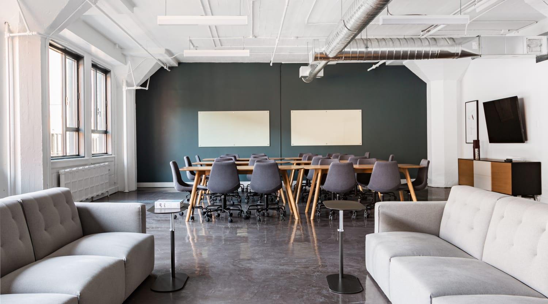 3575 Boulevard St-Laurent, 2nd Floor, Suite 217