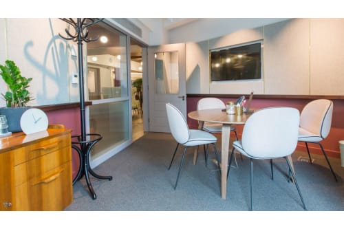 Office space located at 10 Bloomsbury Way, Room MR 08 , #2
