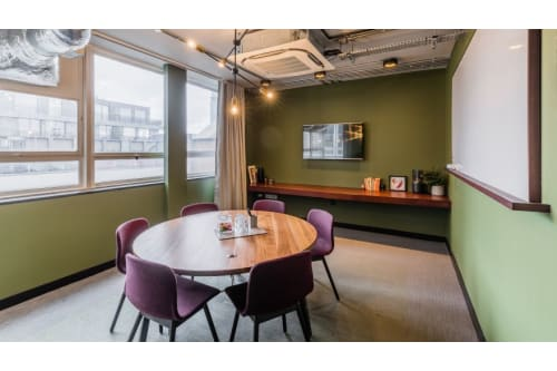 Office space located at 2 Riding House Street, Room MR 10, #1