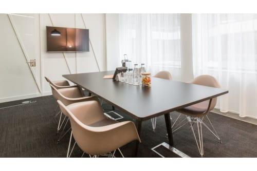 Office space located at 2 Stephen Street, #MR 04, 2 Stephen Street, Room MR 04, #1
