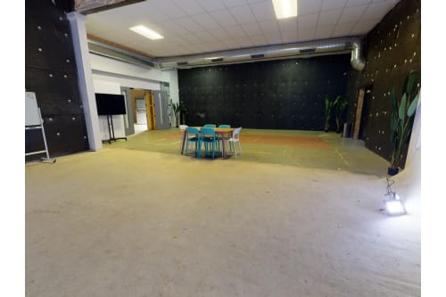 Office space located at 2155 West Hubbard Street, 1st Floor, Room Production Space, #5